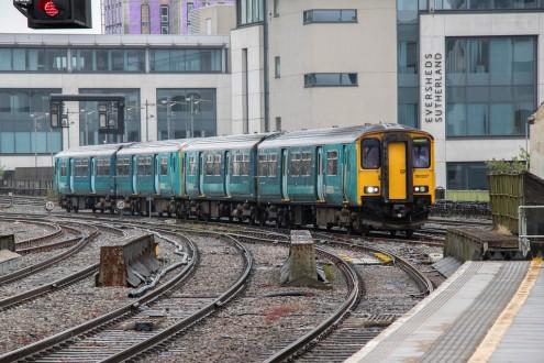 ES trains